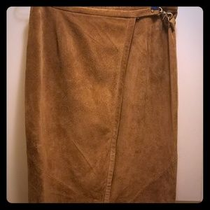 Banana Republic-long maxi, suede leather. Size 10